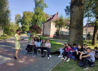 Прикарпатські школярі вчаться просто неба