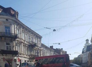 На перехресті Січових Стрільців-Мазепи трапилась аварія - рух ускладено
