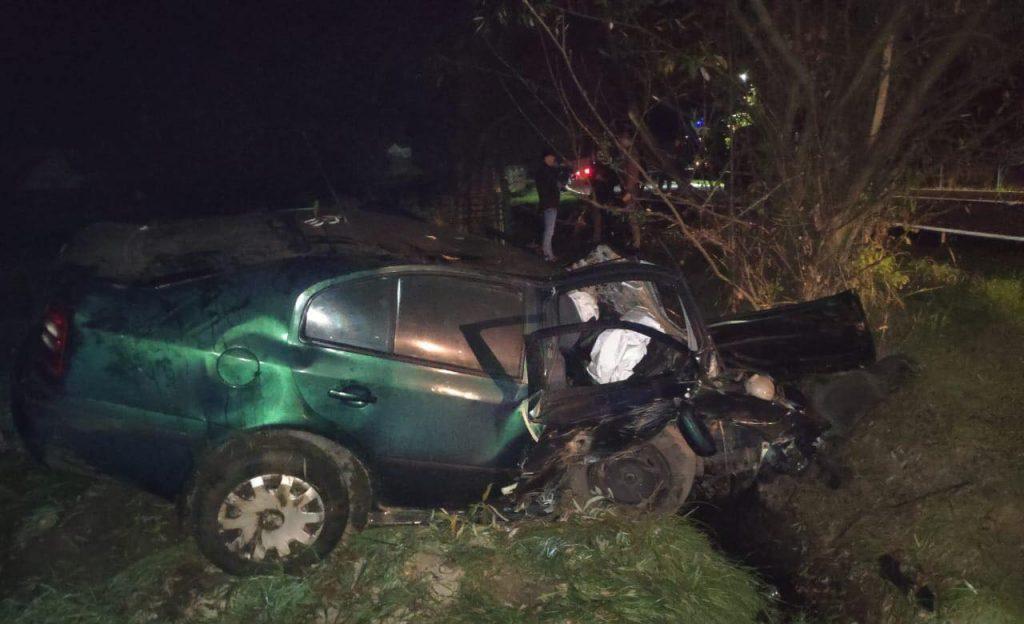 Вщент розтрощене авто та мертвий пасажир: стали відомі деталі моторошної ДТП на Прикарпатті, винуватець якої втік з місця події ФОТО