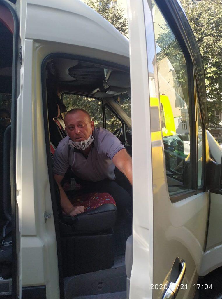 Прикарпатка скаржиться на водія маршрутки, який облаяв її та бійця АТО ФОТО