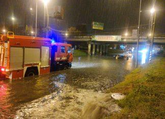 Негода залишила без світла жителів 26 населених пунктів на Прикарпатті