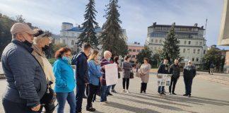 Протестувальники, що перекривали дорогу в Креховичах, приїхали на прийом до керівництва ОДА