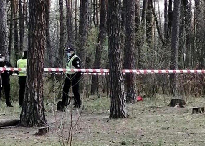 Психічно хворого прикарпатця, якого розшукували упродовж трьох діб, знайшли у лісі мертвим