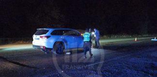 Неподалік Франківська, під колесами елітного позашляховика, загинув невідомий пішохід