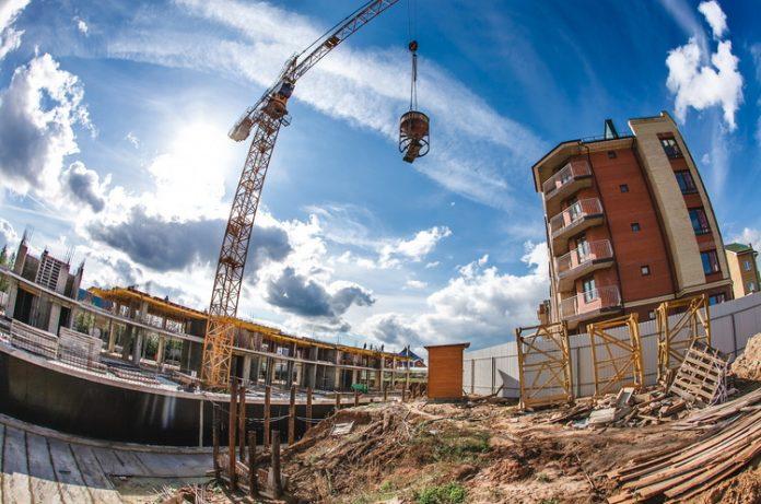 За обсягами будівництва на Прикарпатті лідирує обласний центр