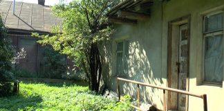 Жительці Франківська міська влада декілька років поспіль відмовляє у приватизації її ж землі ВІДЕО