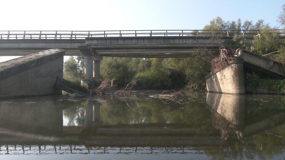 На Прикарпатті більше десяти років не можуть збудувати міст ФОТО та ВІДЕО