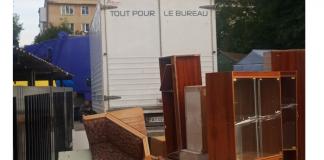 Франківський підприємець заплатить штраф за вивезені на смітник меблі ФОТО