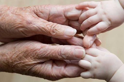 За перше півріччя 2020 року на Прикарпатті померло більше людей, ніж народилося