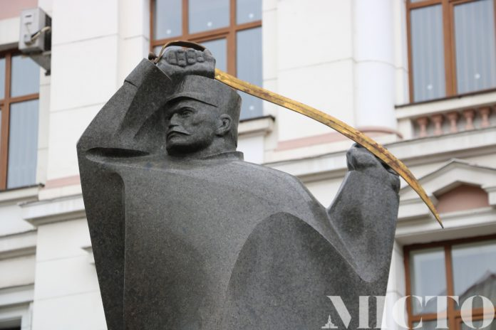 Як у Франківську відзначатимуть 102 річницю проголошення ЗУНР