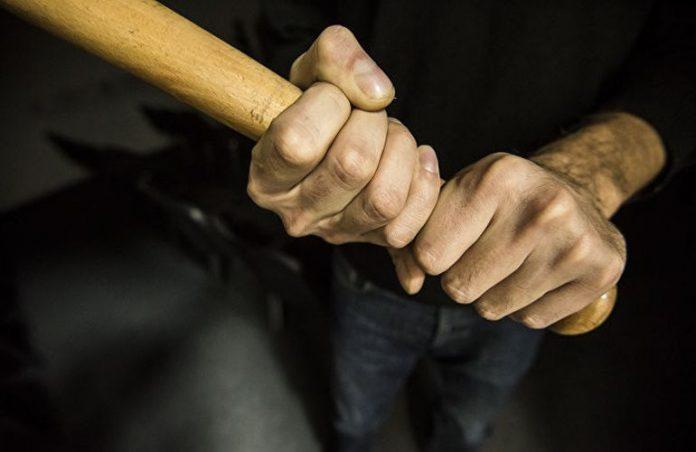 Прикарпатця, який під час сварки палицею забив до смерті знайому, засудили