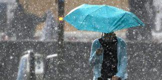 Сильний дощ та гроза - на Прикарпатті штормове попередження