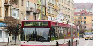 Цієї неділі комунальний транспорт Франківська курсуватиме зі змінами: розклад