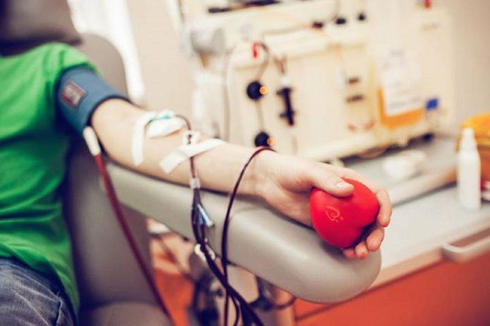 Прикарпатський обласний центр служби крові закликає долучитися до донорського руху та врятувати чиєсь життя