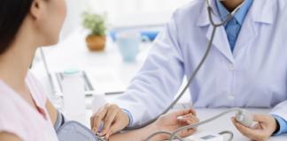 Сімейним лікарям в Україні збільшили зарплату