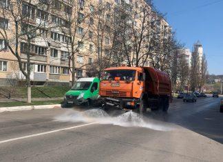 На Прикарпатті продовжують дезінфікувати дороги