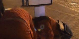Неподалік вокзалу муніципали втихомирювали франківця з розбитою головою ФОТО
