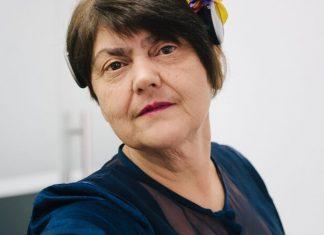 Ба та Ді фрілансери: франківська бабуся влаштовує пенсіонерів на роботу нянями