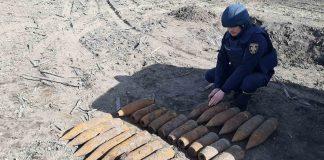 У прикарпатському селі виявили понад півсотні вибухонебезпечних предметів