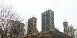 Місцевий податківець намагається незаконно збудувати в середмісті Івано-Франківська чергову багатоповерхівку?