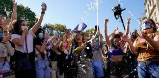 «Тебе звільнено!»: як Америка святкує перемогу Байдена на президентських виборах