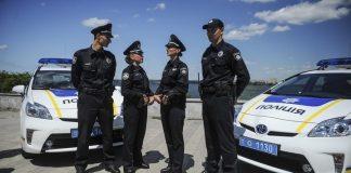 Поліцейські розповіли юним франківцям про їхні права ВІДЕО