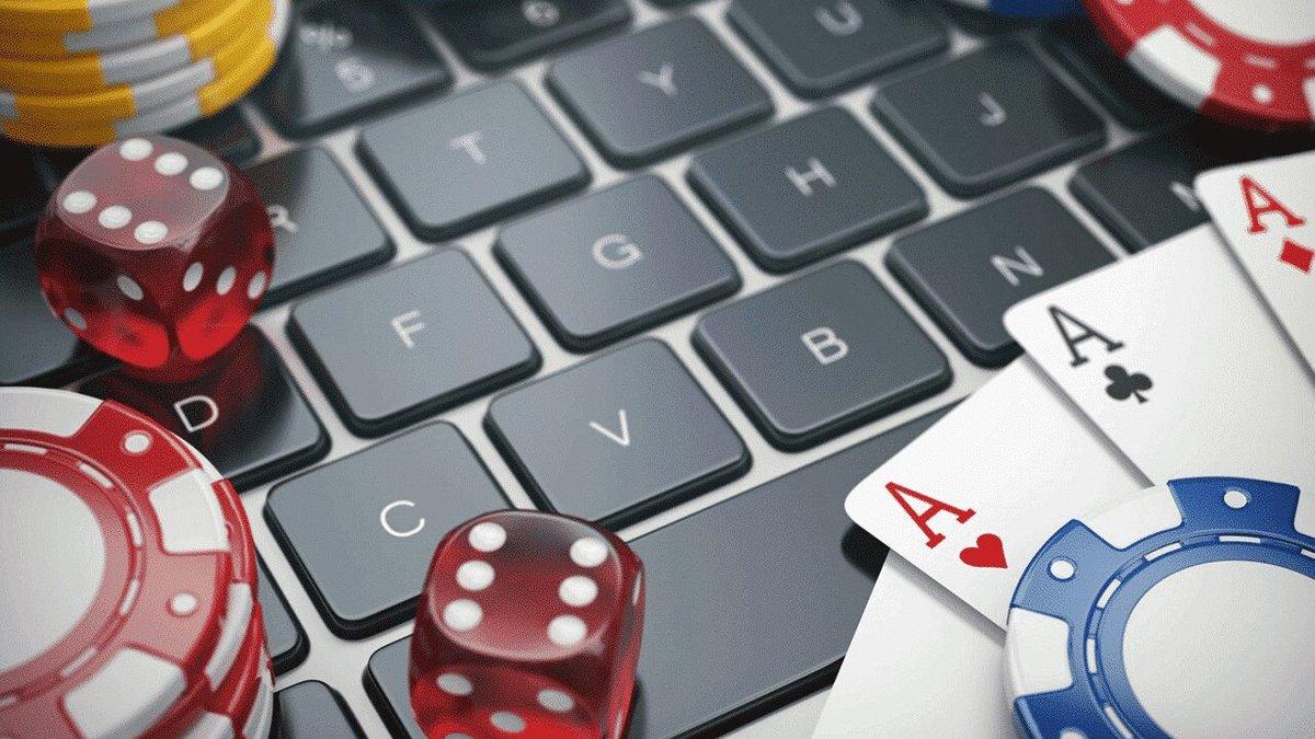 История становления онлайн казино