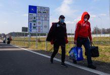 До уваги прикарпатців: заробітчан з України почали масово депортувати з ЄС