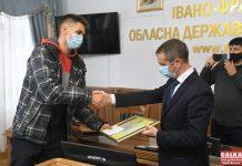У Франківську відзначили нагородами військових і волонтерів ФОТО