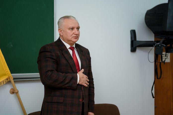 В Івано-Франківській ОДА кадрові зміни - шукають нового керівника апарату