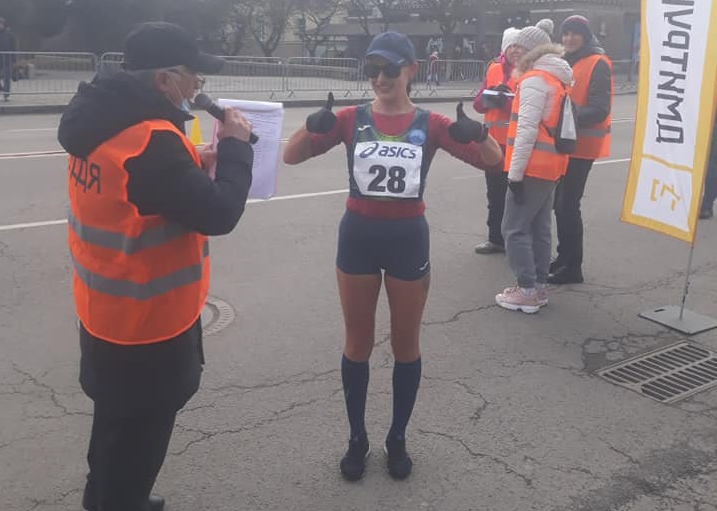 Прикарпатські спортсменки вибороли золоту та срібні медалі на зимовому чемпіонаті зі спортивної ходьби ФОТО