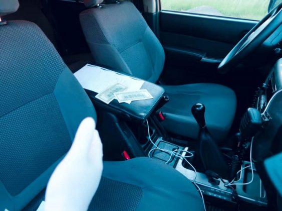 На Прикарпатті п'яний водій пропонував поліцейським хабар ФОТО